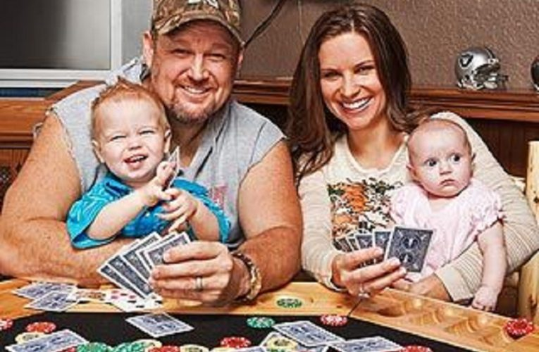 Larry The Cable Guy net worth, wife, where does he come from?